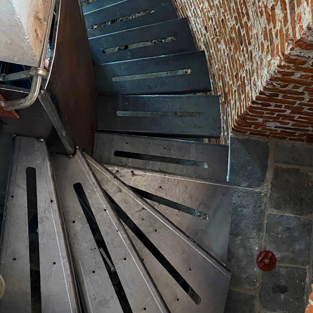 AHF_escalier_1